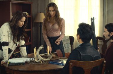 Wynonna Earp season 2 episode 3