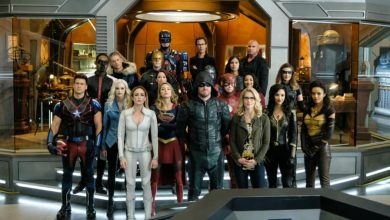 Photo of Arrowverse crossover Crisis on Earth-X Review