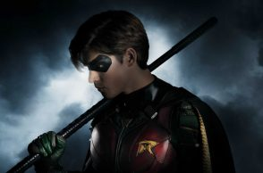 First look at Robin in Titans
