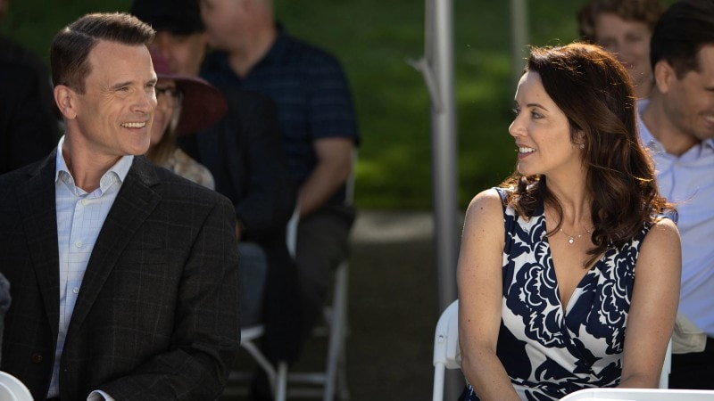 Lou and Peter at Georgie's graduation on Heartland episode 1306