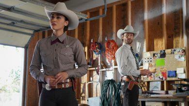 Lindsey Morgan as Micki and Jared Padalecki as Cordell Walker on The CW's Walker